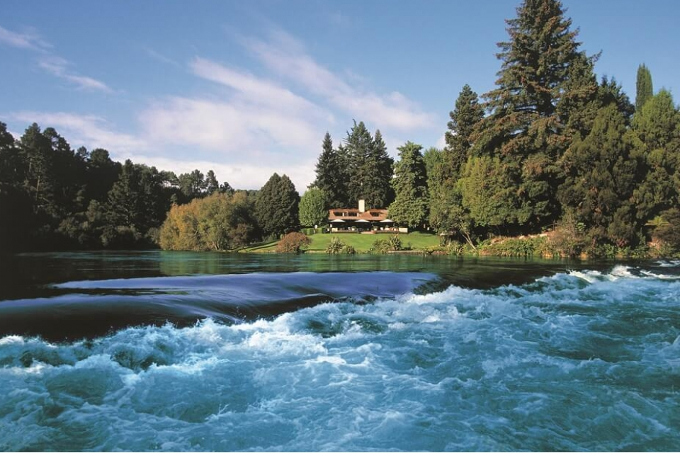 Luxury New Zealand Golf Vacations